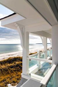 Balcony over looking the ocean
